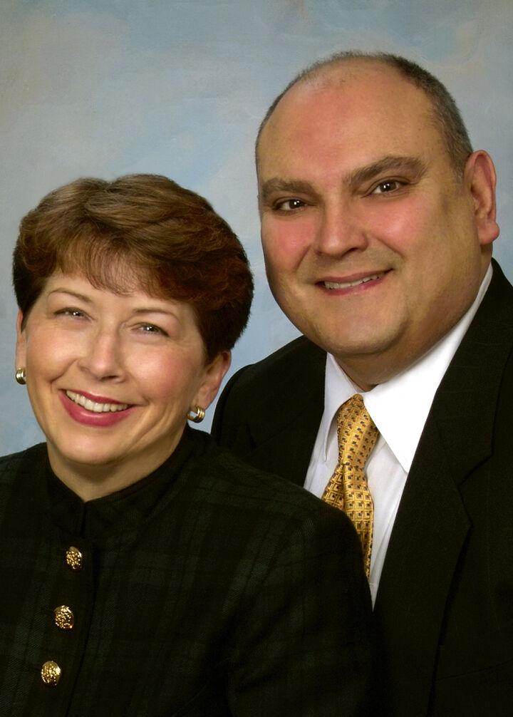Nancy M and Oscar J Diaz, Team Diaz Real Estate in Bellevue, Windermere
