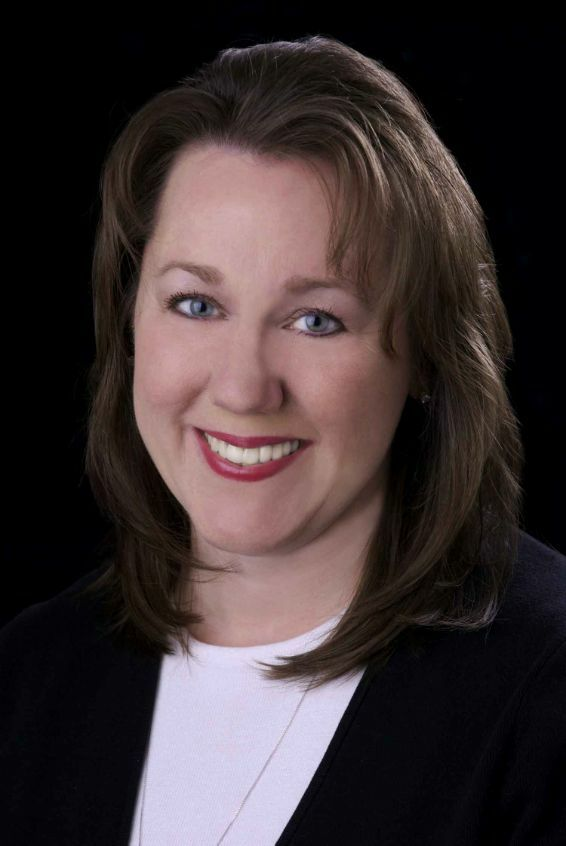 Theresa Crough, Broker - Licensed in Oregon in Lake Oswego, Windermere