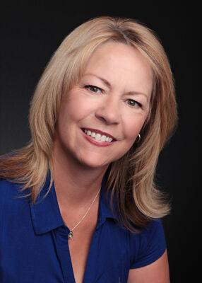 Sue Saunders,  in Jacksonville, Windermere