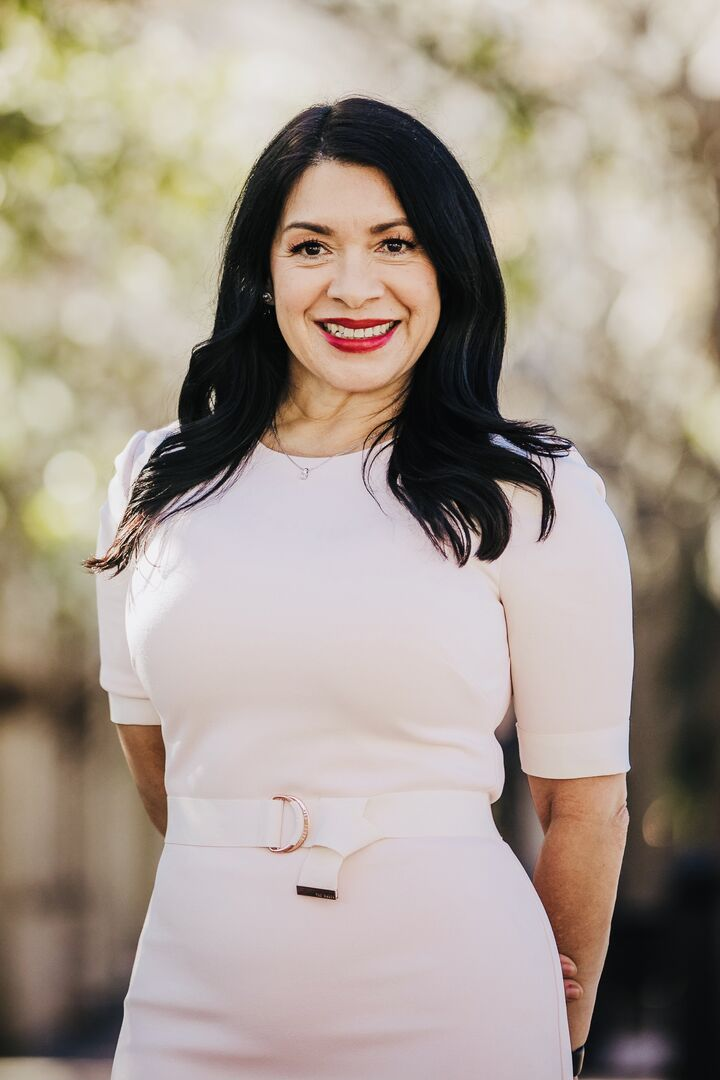 Kelly  Alfaro, Realtor Associate in Riverside, Windermere