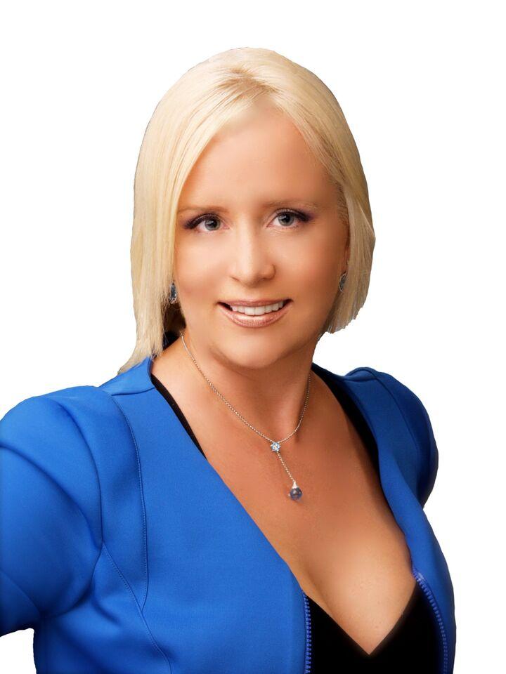 Anna Tishkovets, Broker Associate in Palm Desert, HK Lane Palm Desert