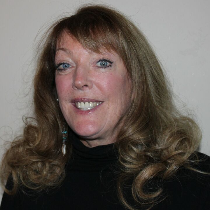 Beth Zitzner, Realtor Broker in Jacksonville, Windermere