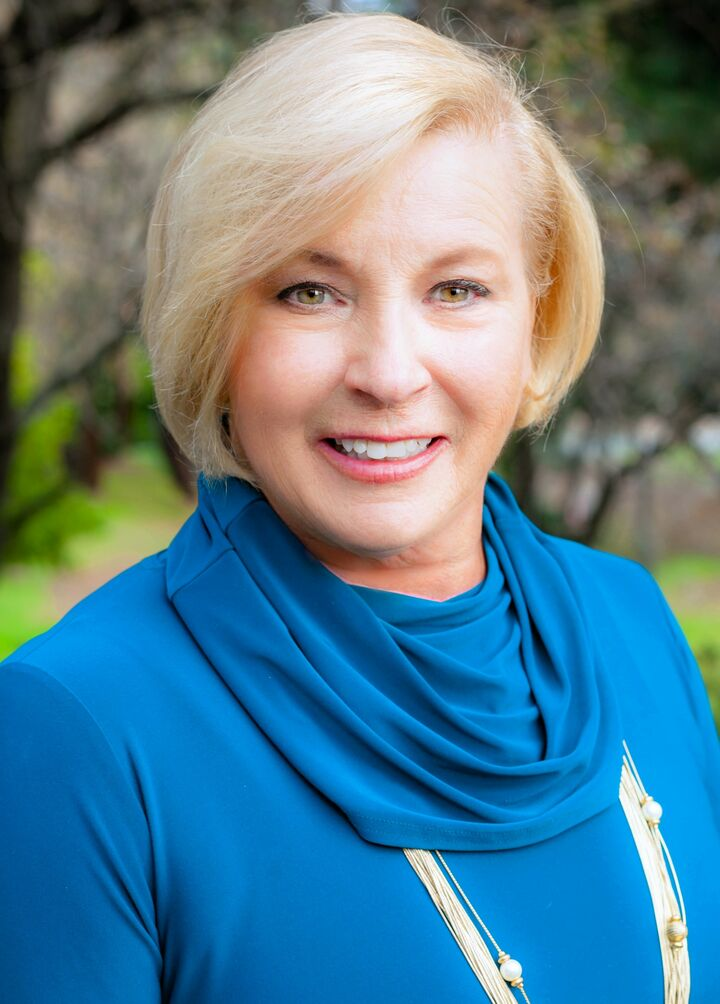 Mary Beall,  in Walnut Creek, Intero Real Estate