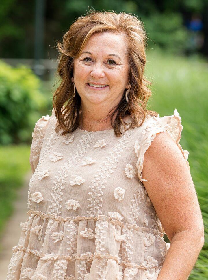 Karen Carpenter, Managing Broker, REALTOR® in Waynesboro, Kline May Realty