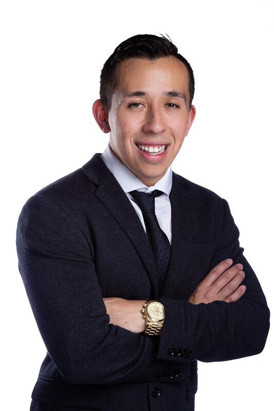 Christopher Martinez,  in Simi Valley, Pinnacle Estate Properties