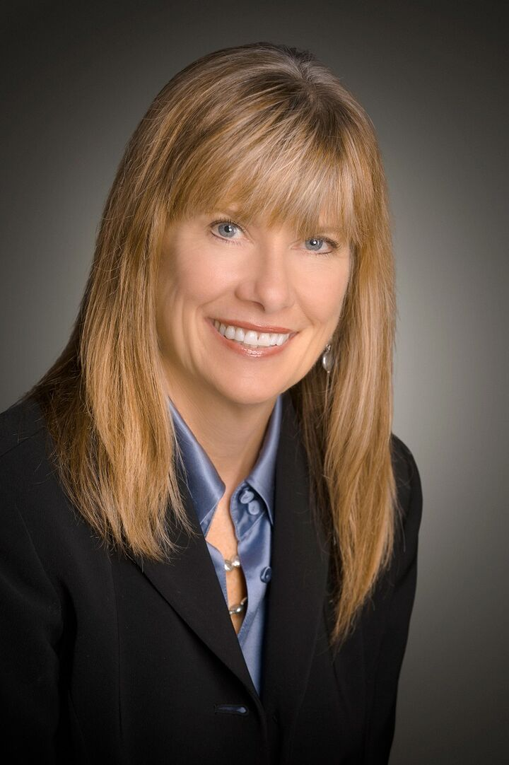 Marta M. Dinsmore, Realtor in Gilroy, Intero Real Estate