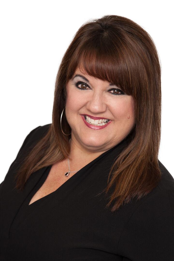 Robin  Paz, REALTOR® in San Diego, Windermere