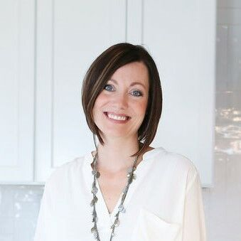 Christine Robbins, Associate Broker in Indianapolis, BHHS Indiana Realty